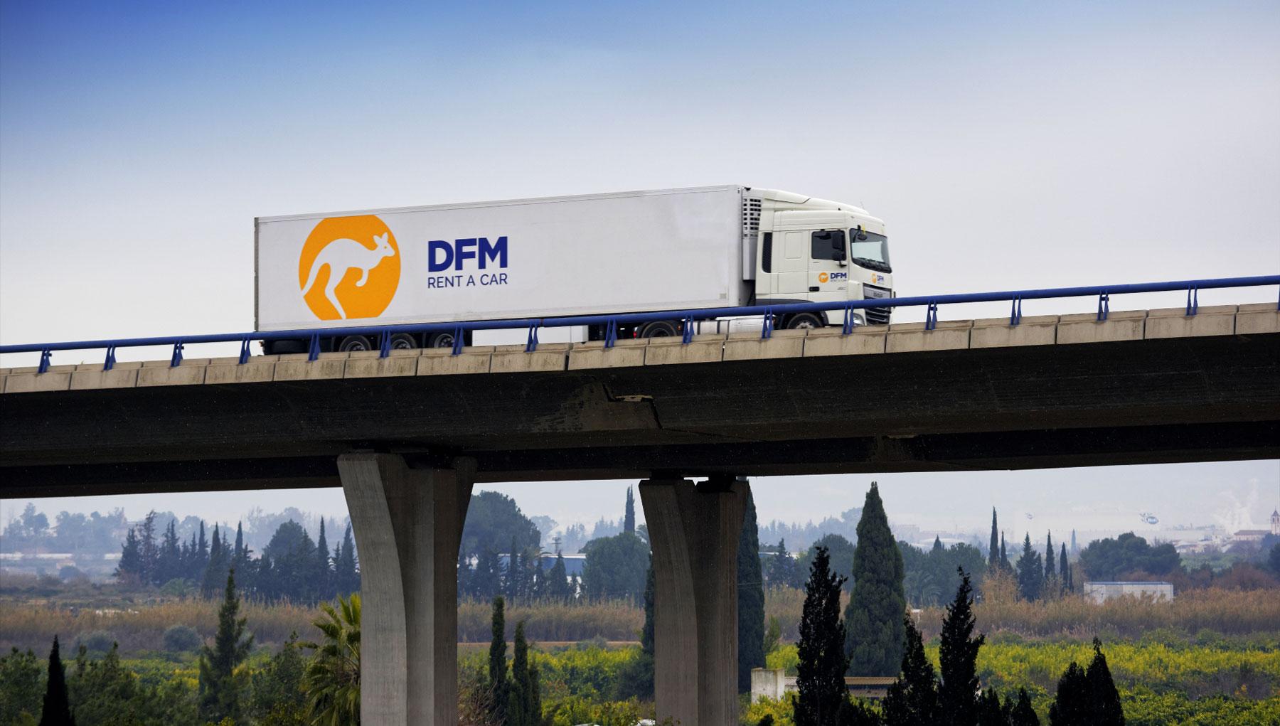 Alquiler Camión DFM Rent A Car