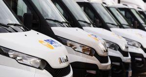 ¿Buscas alquilar una furgoneta en Murcia con la mejor calidad-precio? Ven a DFM Rent a Car, tu empresa de alquiler de vehículos de confianza.