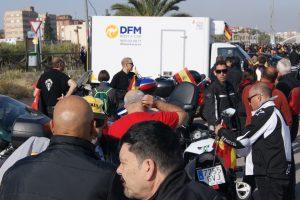 Uno de los furgones de alquiler de DFM Rent a Car, en el recinto de La Fica.
