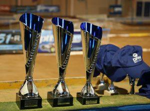 Los ganadores recibieron trofeos y gorras de DFM Rent a Car