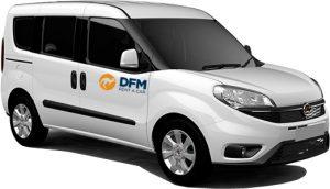 La Fiat Dolo de DFM Rent a Car, con capacidad para albergar a 5 personas.