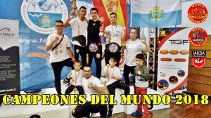 Deportistas del combinado WKL Murcia, desplazado a San marino con una furgoneta de 9 plazas de DFM Rent a Car
