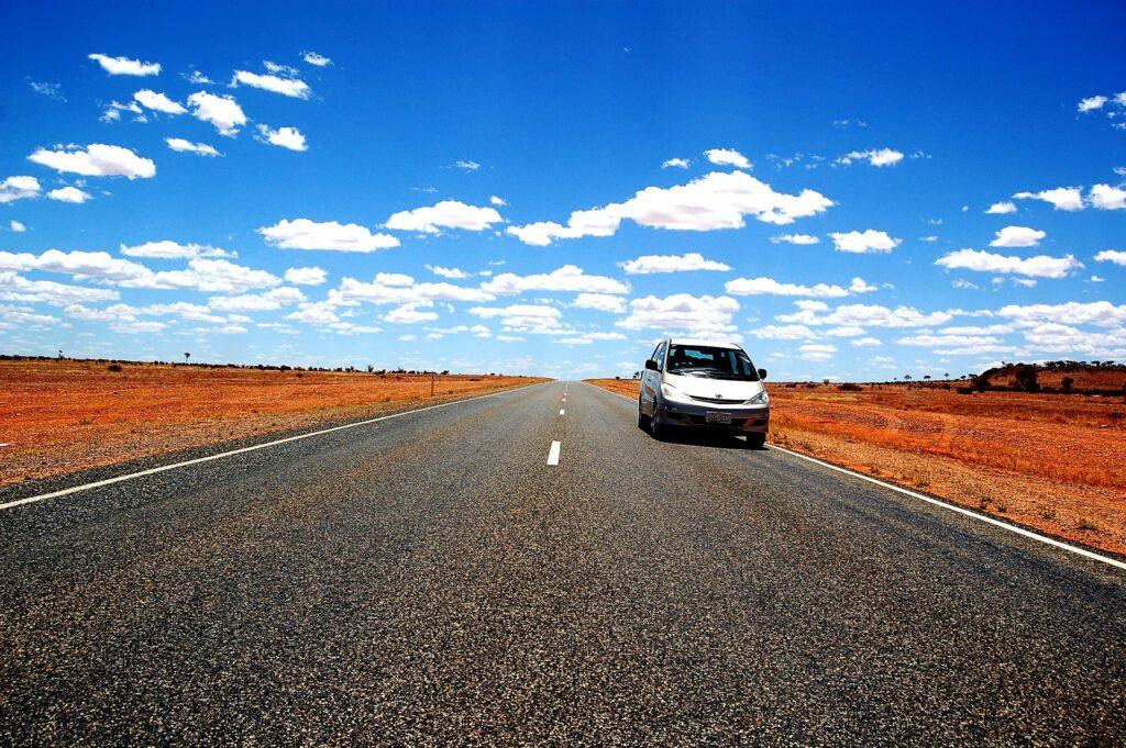 Alquilar un coche en vacaciones: 5 motivos para probar esta forma de viaje