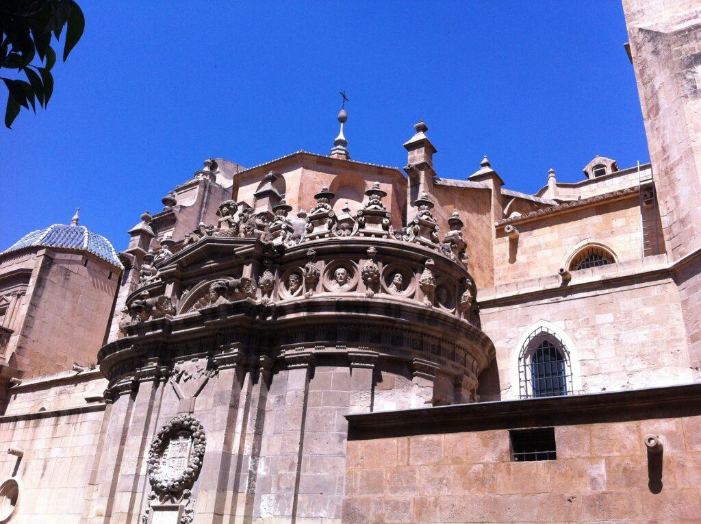 Cinco escapadas de otoño en coche de alquiler por la Región de Murcia